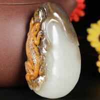 侯晓峰玉雕 新疆和田玉羊脂玉籽料挂件蜥蜴罕见三色大师精雕珍藏