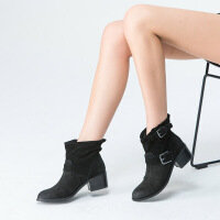 伊贝拉(YI-BELLA)秋季新品女靴英伦复古真皮磨砂皮镂空透气裸靴圆头中跟马丁靴短靴