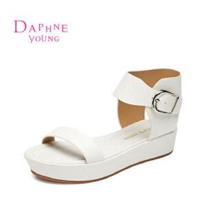 Daphne/达芙妮2015新款凉鞋 韩版中跟平底扣带露趾凉鞋1515303051