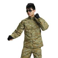 2015年休闲简约户外军迷装备耐穿耐磨数码迷彩服舒适透气简便户外迷彩服装户外服套装男