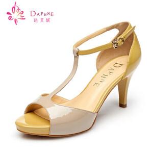 Daphne达芙妮 夏季  鱼嘴撞色漆皮高跟女凉鞋1015303006