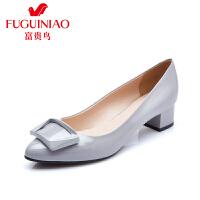 富贵鸟 秋季新款方形扣饰头层牛漆皮女单鞋橡胶底粗跟女鞋