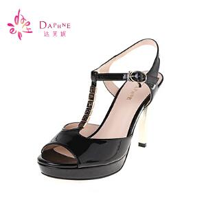 达芙妮夏季女鞋鱼嘴凉鞋优雅OL金属色细跟T型露趾高跟凉鞋