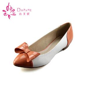 Daphne/达芙妮春款单鞋浅口尖头拼色时尚舒适平底鞋