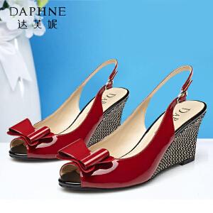 Daphne/达芙妮夏季  甜美高坡跟编织凉鞋蝴蝶结一字扣鱼嘴凉鞋