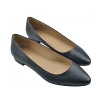 伊贝拉(YI-BELLA)春夏新款女单鞋真皮浅口尖头低跟套脚女鞋