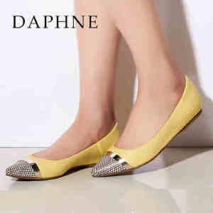 Daphne/达芙妮 春夏款低跟金属装饰通勤浅口单鞋1015101046