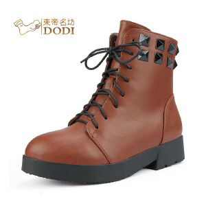 东帝名坊新款马丁靴女 铆钉个性机车靴 街头厚底女靴子32802