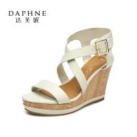 Daphne/达芙妮夏时尚女鞋 超高坡跟防水台凉鞋1015303176