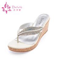 达芙妮夏款凉鞋 坡跟厚底防水台人字拖鞋女鞋夹脚松糕底凉拖鞋