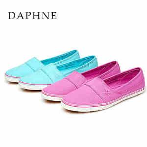Daphne/达芙妮 春女布鞋 平底圆头绣花休闲单鞋